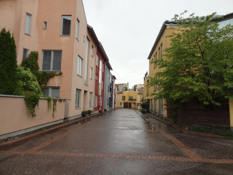 One of the more urban townhouse configurations in Helsinki. This is from Pikku-Huopalahti.