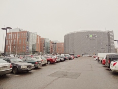 Plaza Business Park, Vantaa. Energy-efficient office buildings feat. a parking lot AND a multi-storey car park.