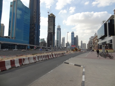 Dubai streetscape not walkable